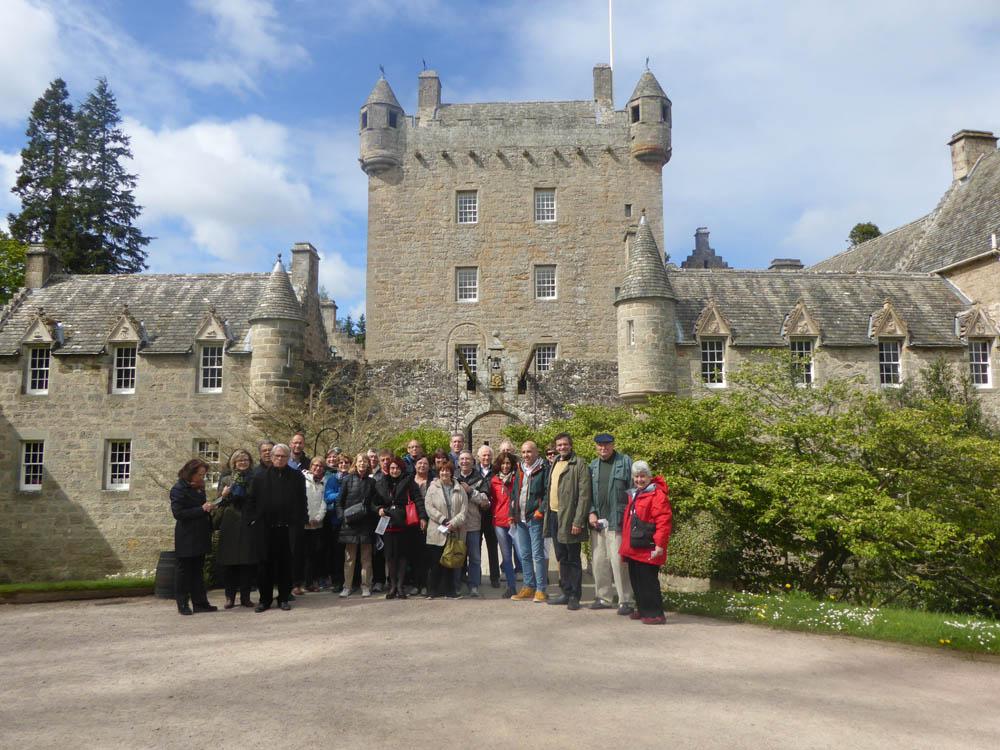 Cawdor Castle : L'ensemble des délégations allemande, américaine et française (A noter de gauche à droite la présence de Urban de l'Allemagne et de Giles des États Unis)